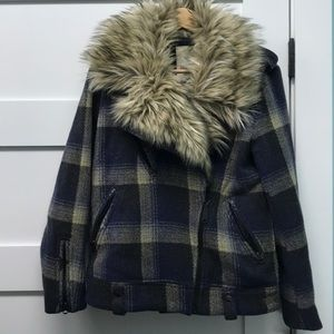 Heavy plaid jacket with fur trim